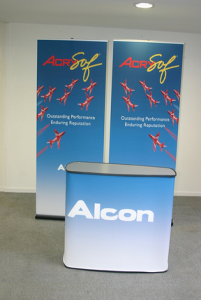 retractable banners with case to counter